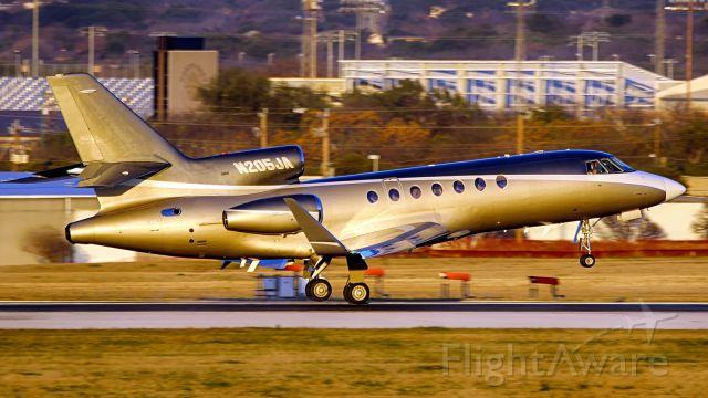 Dassault Falcon 50 (N205JA) - 13R arrival.
