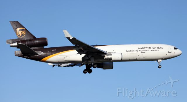 Boeing MD-11 (N288UP) - On Final To 16R