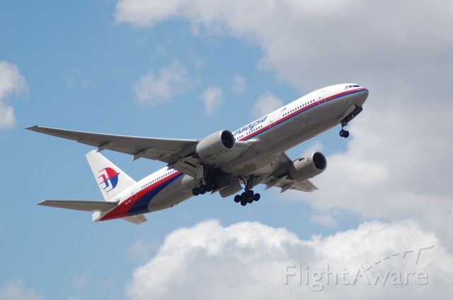 Boeing 777-200 (9M-MRL)