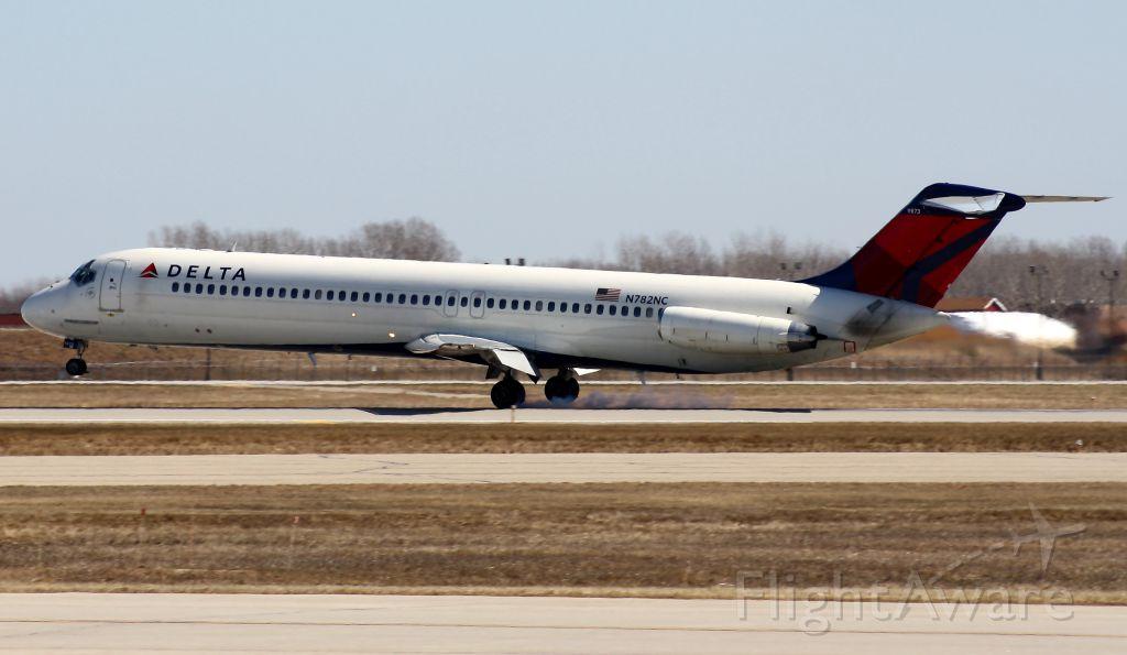 Douglas DC-9-10 (N782NC)