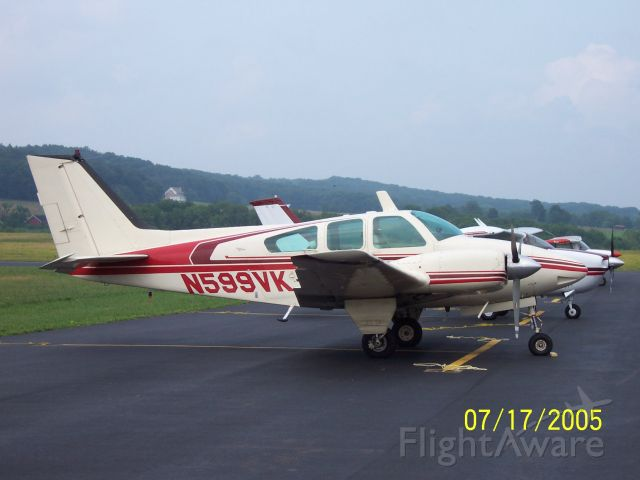 Beechcraft 55 Baron (N599VK)