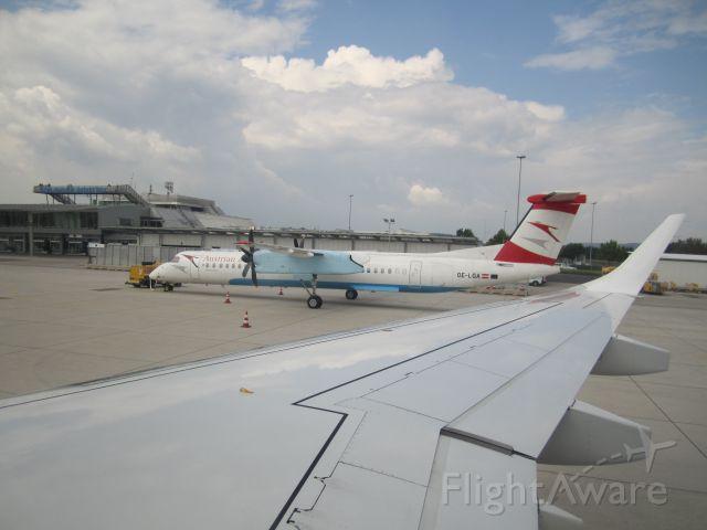 de Havilland Dash 8-400 (OE-LGA)
