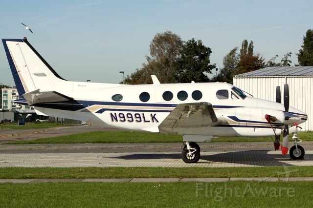 Beechcraft King Air 90 (N999LK)