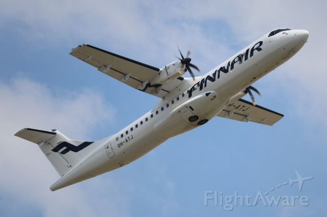 Aerospatiale ATR-72-500 (OH-ATJ) - Heatwave won't prevent me from planespotting one of the best, the ATR-72.