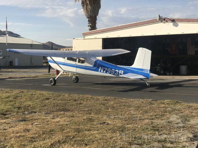Cessna Skyhawk (N7993B) - At the Hangar