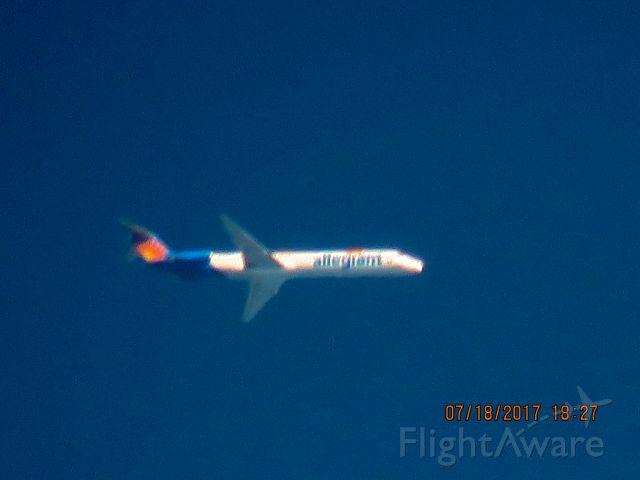 McDonnell Douglas MD-83 (N883GA)