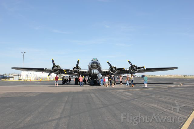Boeing B-17 Flying Fortress (N9323Z) - Chandler Airport days April 6th 2013