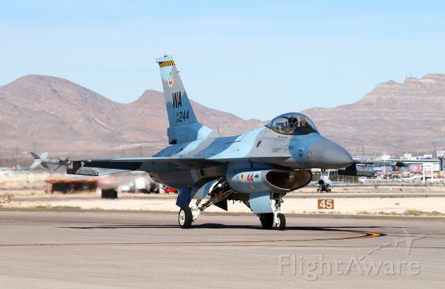 Lockheed F-16 Fighting Falcon (N84244)