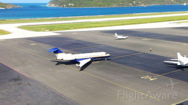 Bombardier Global 5000 —