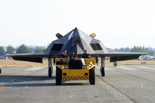 Lockheed Nighthawk —