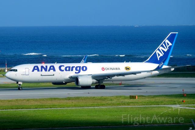 BOEING 767-300 (JA605F)