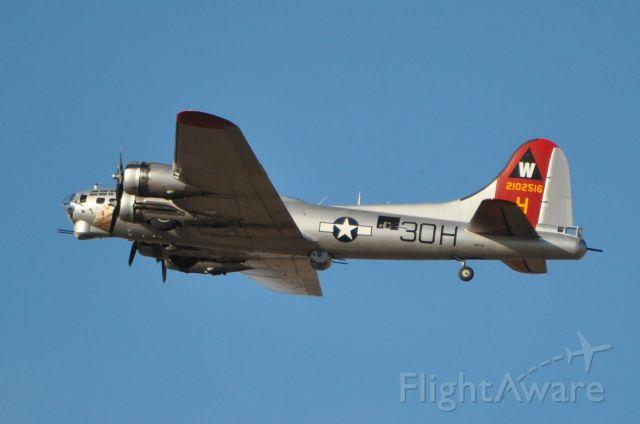 Boeing B-17 Flying Fortress (N5017N)
