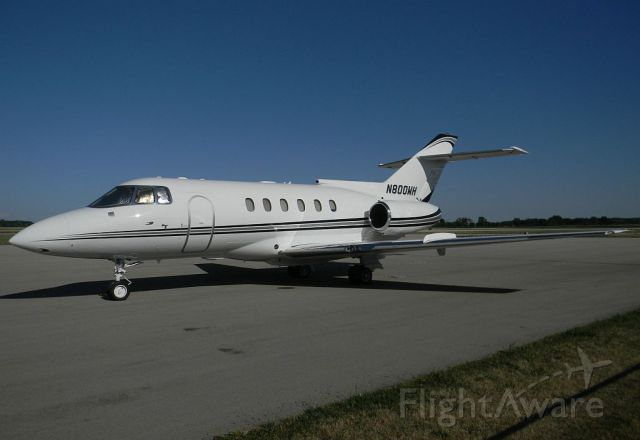 Raytheon Hawker 800 (N800WH) - BAe 125-800A, N800WH s/n 258080 shot by me in the afternoon of 11 July 2012.