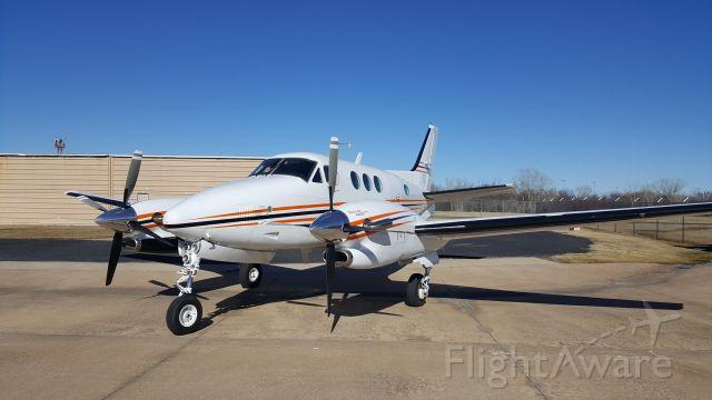 Beechcraft King Air 90 (N550SU)