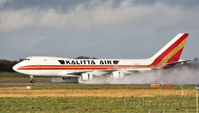 Boeing 747-400 (N705CK) - kalitta air b747-4b5f n705ck landing at shannon 12/1/20.