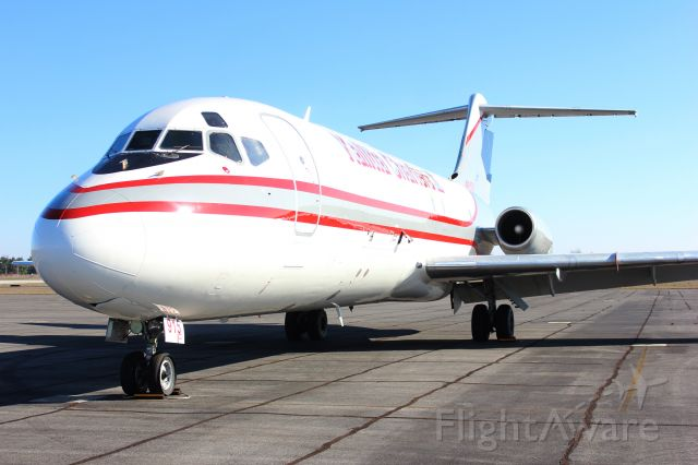 Douglas DC-9-10 (N915CK) - A Kalitta Charters II McDonnell Douglas DC-9-10 on the general aviation ramp at Carl T. Jones Field, Huntsville International Airport, AL - January 7, 2016.
