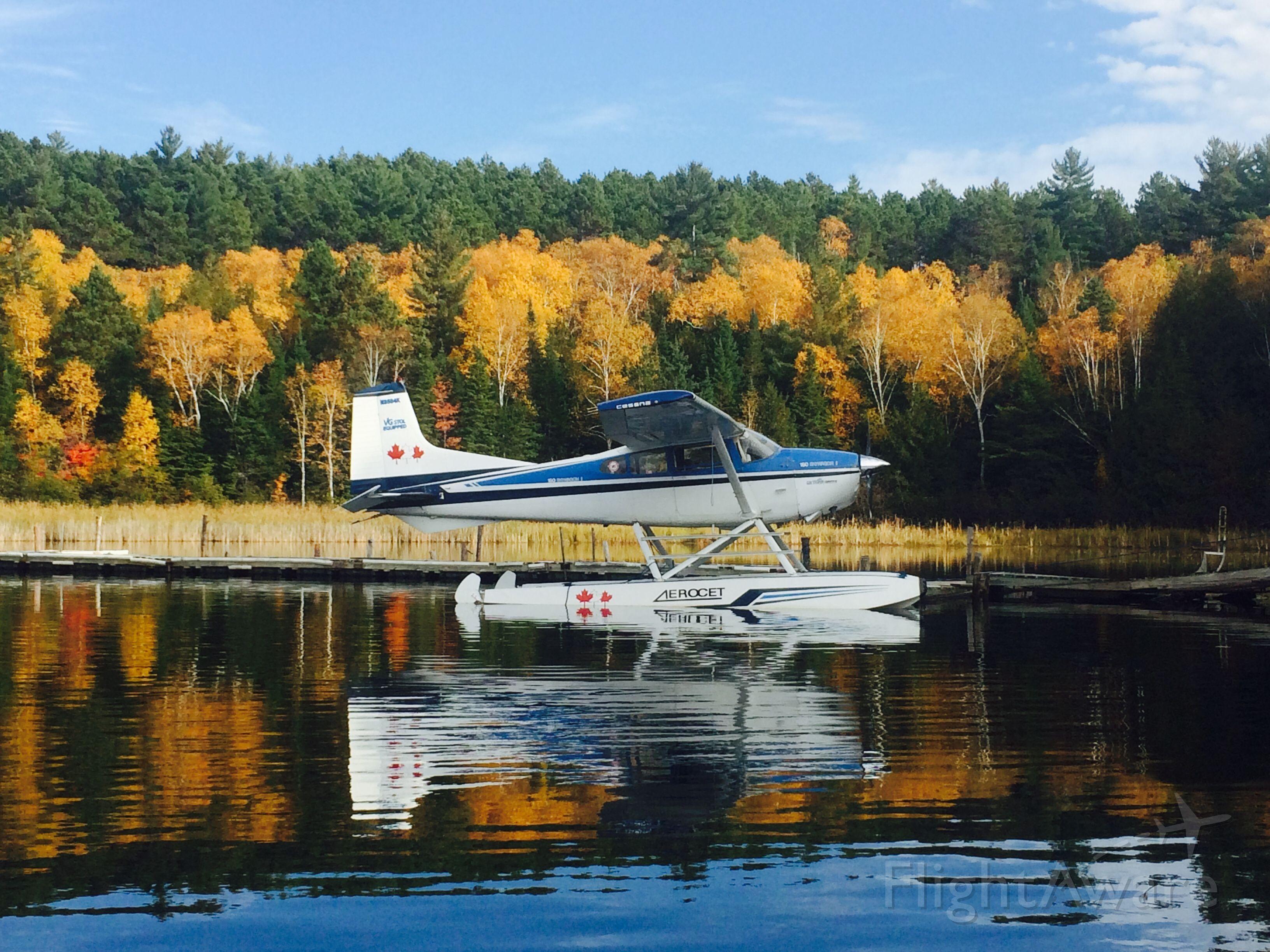 Cessna 152 (N2584K) - At th3 dock in Ontario.