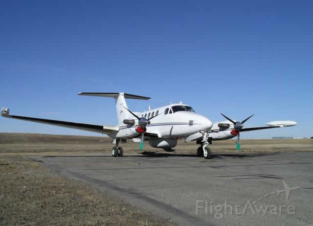 Beechcraft Super King Air 200 (N857GA) - During radar work-up in Calgary. Operated by Intermap Technologies Inc.