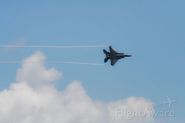 """McDonnell Douglas F-15 Eagle (90-0232) - F-15E Strike Eagle performs at the """"Blues Over Beaufort"""" Air Show at Marine Corps Air Station (MCAS) in Beaufort, South Carolina"""