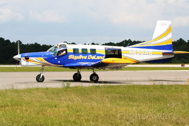 PACIFIC AEROSPACE 750XL (N820AB) - Pacific Aerospace 750XL Ready to load up at Skydive Deland