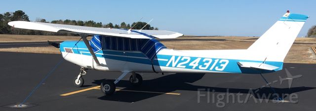 Cessna 152 (N24313)