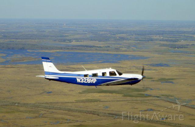 Piper Saratoga (N328HP)