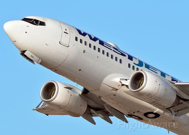 Boeing 737-700 (C-FJWS)