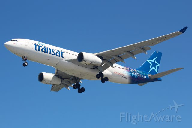 Airbus A330-200 (C-GTSJ)