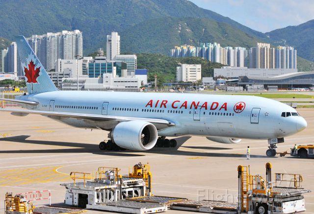 BOEING 777-200LR (C-FIUF)