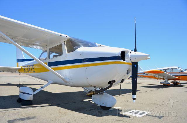 Cessna Skyhawk (N734TE)