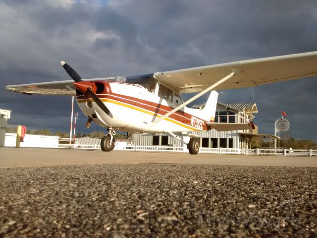 Cessna Skyhawk (N738ZC) - 8ZC at Quincy after some Christmas Day flying