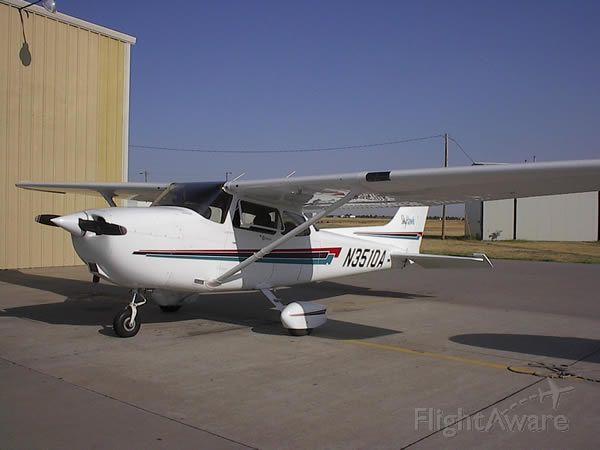 Cessna Skyhawk (N3510A)