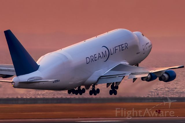 Boeing 747-400 (N780BA) - Boeing 747-409(LCF) Dreamlifter GTI4131  RJGG/NGO - PANC