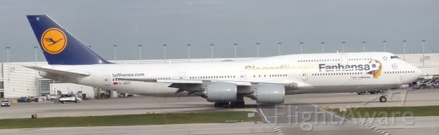BOEING 747-8 (D-ABYI) - D-ABYI taxiing after arrival to KORD