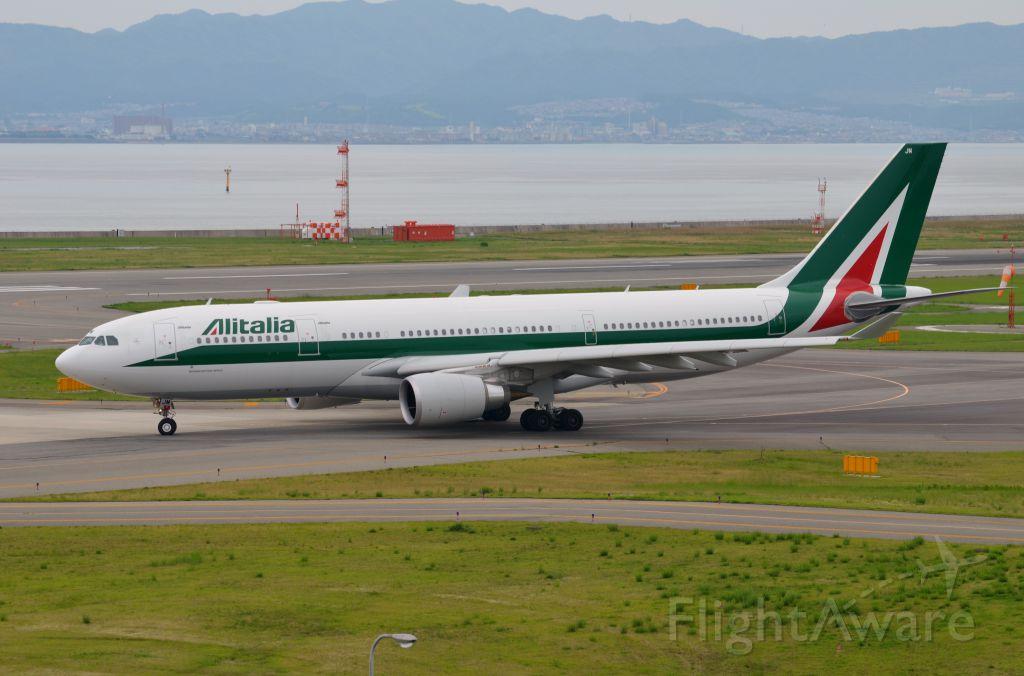 Airbus A330-200 (EI-EJM) - Airline: Alitalia (AZ/AZA); Airport: Kansai International Airport (KIX/RJBB); Camera: Nikon D7000; Date: 4 July 2012