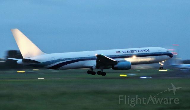 BOEING 767-300 (N703KW) - eastern airlines b767-336er n703kw landing at shannon tonight 22/8/21.