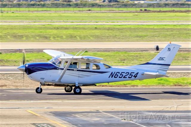 Cessna 206 Stationair (N65254) - Cessna T206H Stationair TC at Livermore Municipal Airport (CA). March 2021