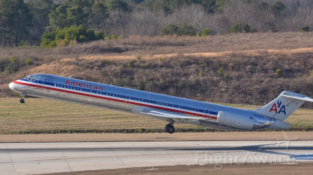 McDonnell Douglas MD-83 (N9618A) - American Airlines McDonnell Douglas MD-83 (N9618A) departs KRDU Rwy 23R on 2/11/2017 at 3:57 pm.