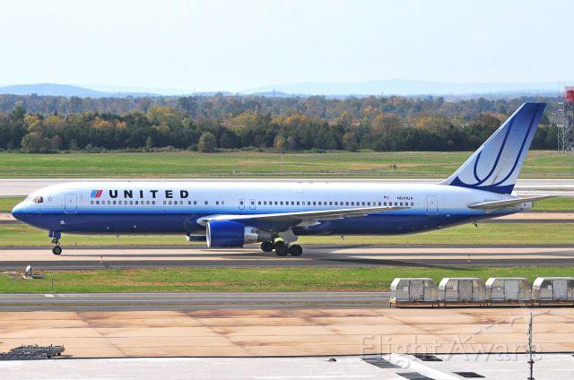 BOEING 767-300 (N641UA) - Seen at KIAD on 10/11/2010.