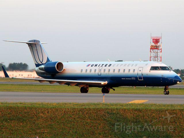 Embraer 170/175 (N830AS)