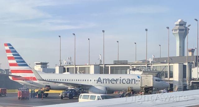 Boeing 737-700 (N905AN)