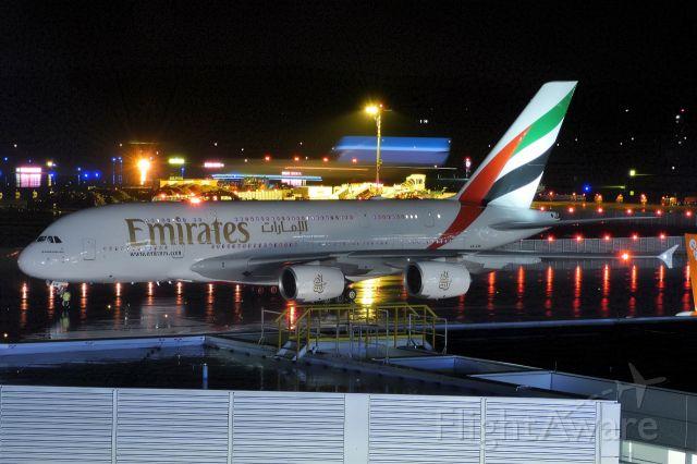 Airbus A380-800 (A6-EVK)