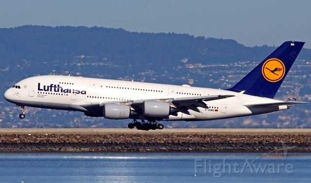 Airbus A380-800 (D-AIMN)