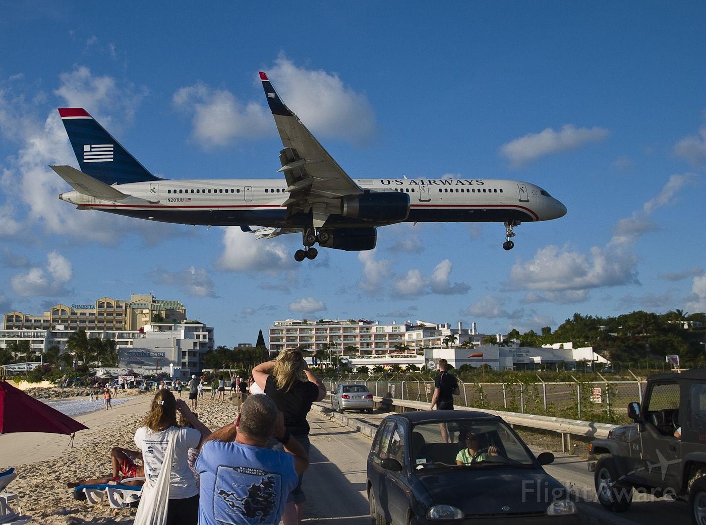 Boeing 757-200 (N201UU) - BOEING 757-2B7