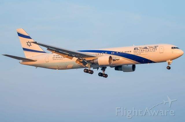 BOEING 767-300 (4X-EAN) - Here is a El Al 767-300ER on final for 23 at Toronto Pearson Airport.