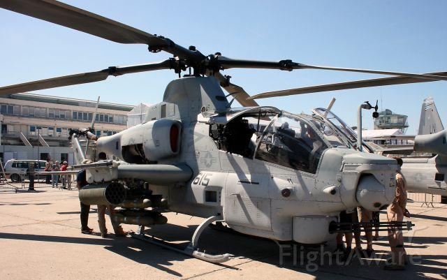 Bell Textron AH-1Z Super Cobra — - Bell Textron AH-1Z Super Cobra, Paris Le Bourget Air Show in june 2011