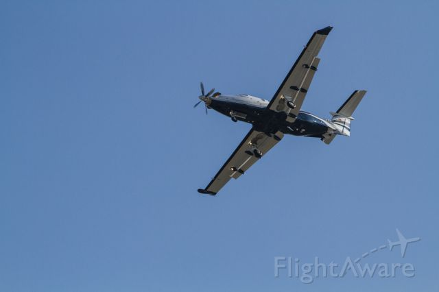 Pilatus PC-12 — - N415NG turning base for RY 12 at Long Beach, CA
