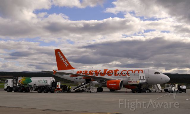 Airbus A319 (G-EZBY) - Easyjey Airbus A319-111 G-EZBY at Inverness (Scotland) Airport