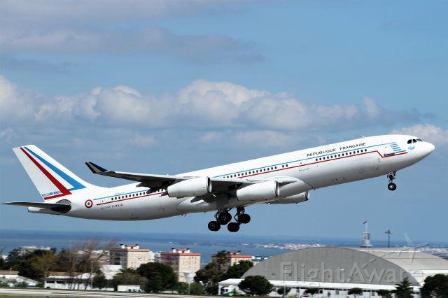 Airbus A340-200 (F-RAJA) - Aeroporto Gen. Humberto Delgado - Lisbon