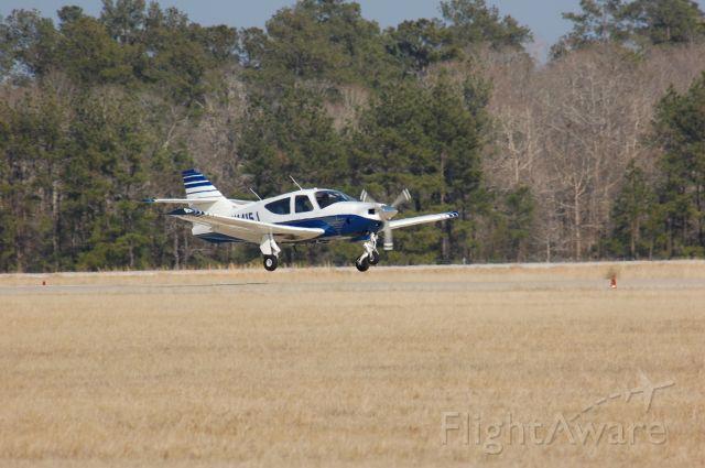 Rockwell Commander 114 (N1415J) - Landing on 19 at Lone Star.